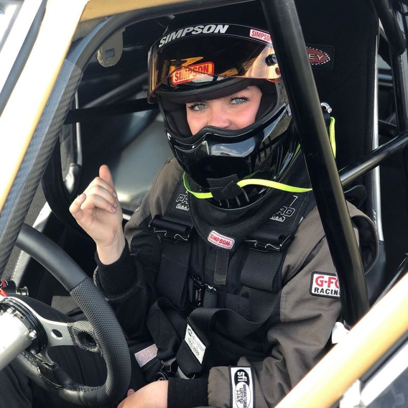 Maddie Malone drag racing