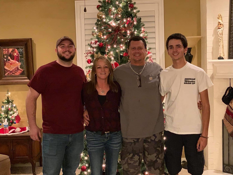 Chris-Gulitti-and-Family
