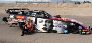 Courtney Force's Funny Car to Promote New Taylor Swift Album