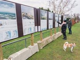 Plancheudstilling om fremtidens klima- og kystbeskyttelse står for øjeblikket til fri beskuelse ved tennisklubben i Søvang. Og foreløbig er der blevet udvist stor interesse for at studere projektet, som vil få stor indflydelse på fremtidens liv i kommunen.