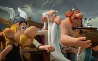 Las aventuras de nuestro adorado Astérix y sus locos amigos de la aldea gala os harán pasar una divertida tarde cine en familia.