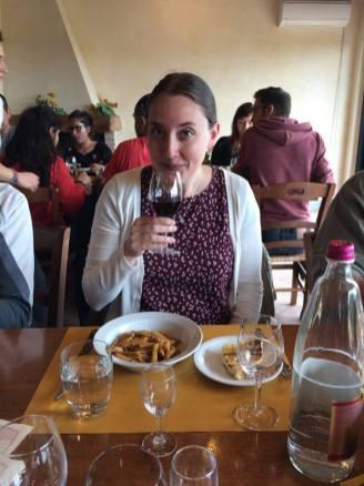 Wine tasting & delicious pasta in Tuscany.