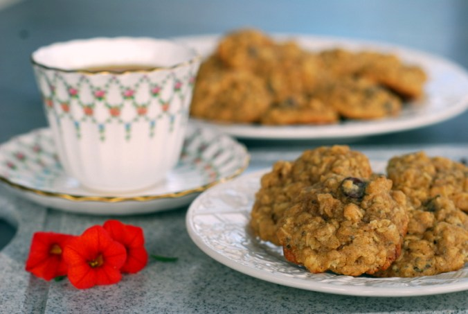 oatmeal cookies with flowers 3