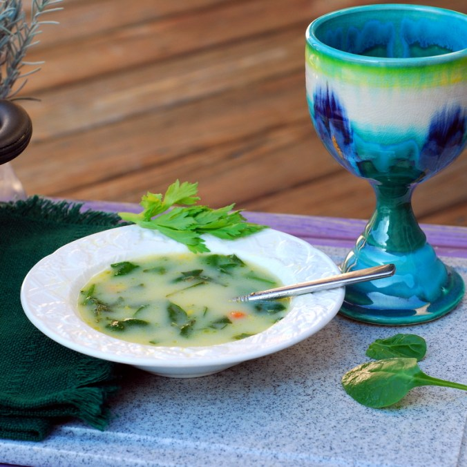 lemon spinach soup in bowl 1