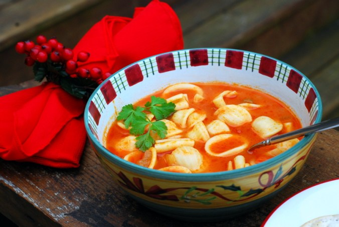 vegetable pasta soup on bench 4