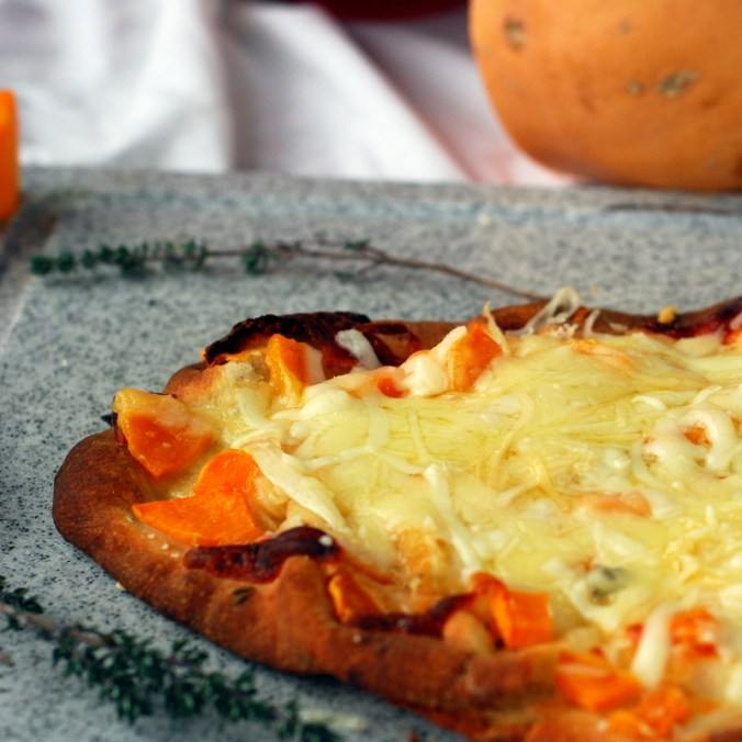 butternut flatbread pizza with squash