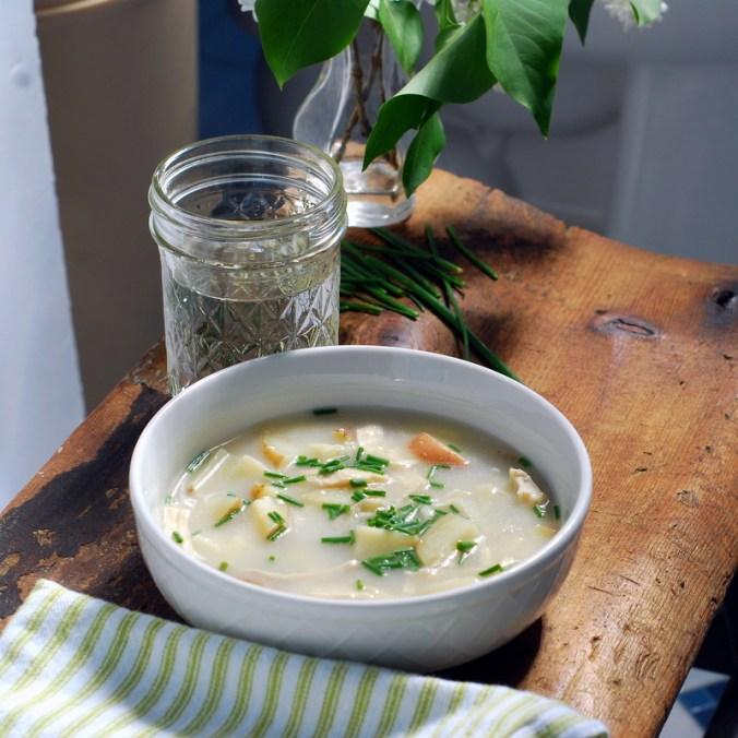 potato leek soup with leaves