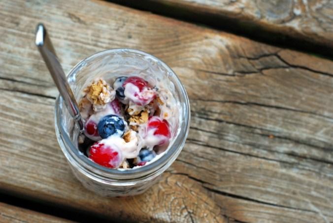 cherry berry breakfast jar overview 2