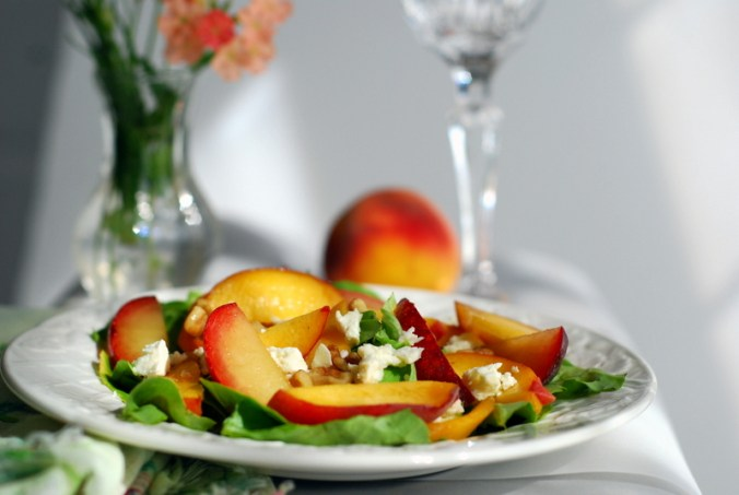 peach-plum salad