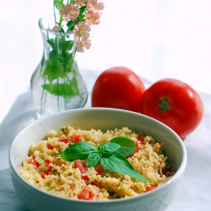 tomato pesto couscous