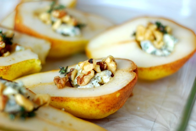 baked pears with blue cheese 1609