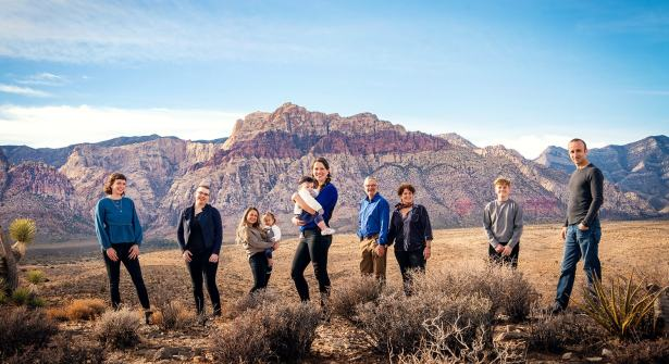 44_family-photography-mountains-and-desert-las-vegas_forweb