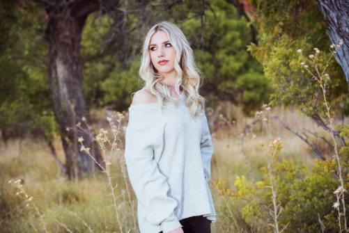 17_best high school senior photos, las vegas red rock canyon mountains, girl senior photography
