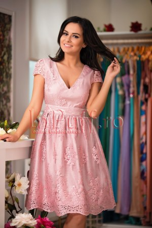 rochie-baby-doll-roz-pal-din-dantela-brodata-1494937789-4