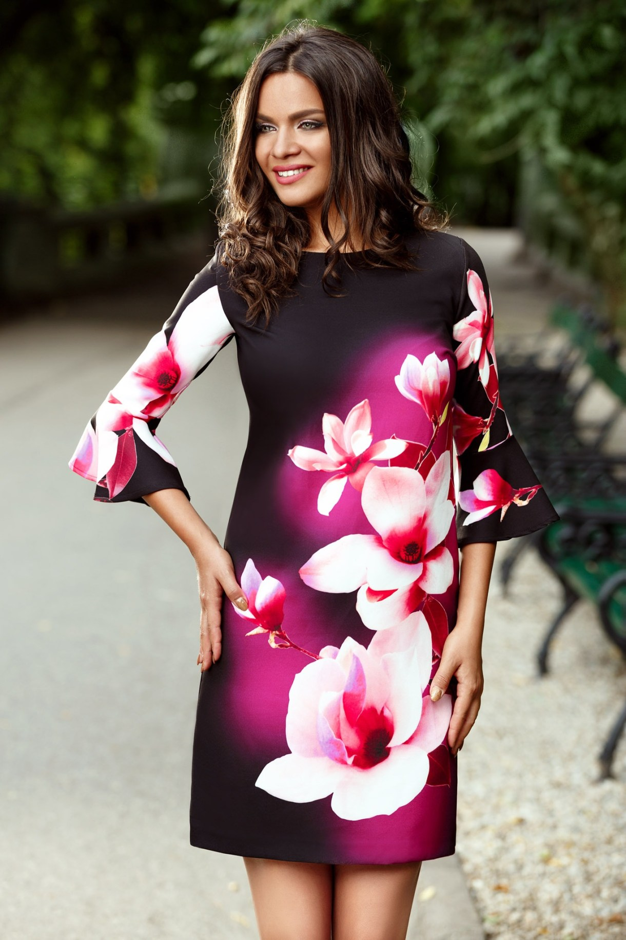 rochie_eleganta_neagra_cu_imprimeu_floral_2_