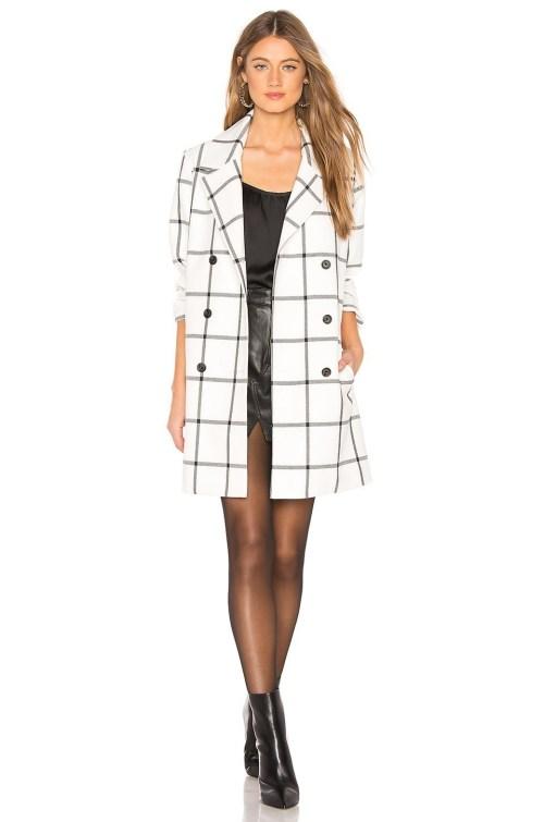palton dama carouri