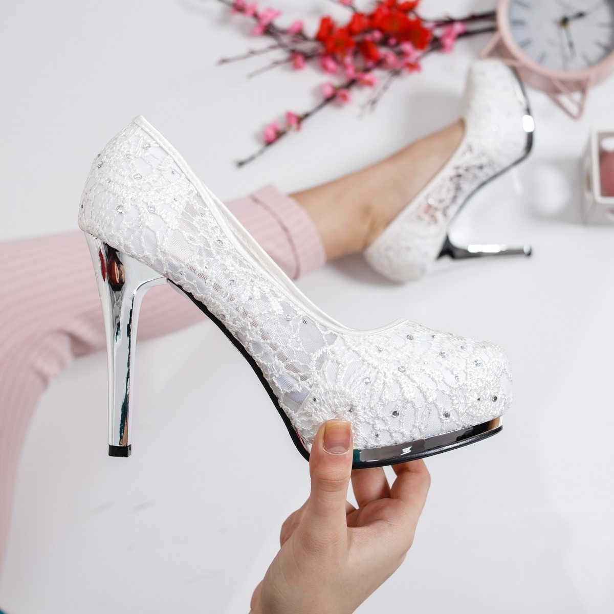 Top 12 cei mai frumosi pantofi de mireasa