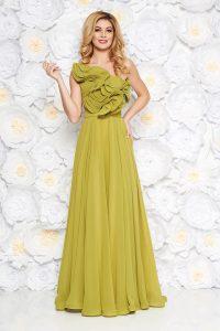 Rochie verde-deschis de lux pe umar din voal captusita pe interior cu volanase accesorizata cu cordon