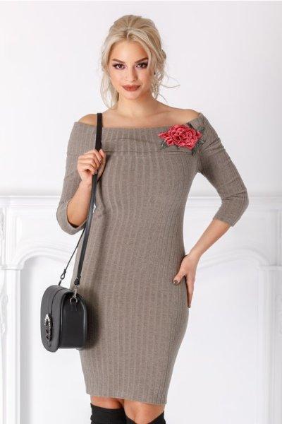 rochie-emilia-kaki-din-tricot-cu-trandafir-brodat-216988-2