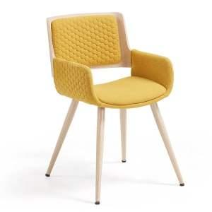 Scaun cu picioare din lemn și cotiere La Forma Andre galben