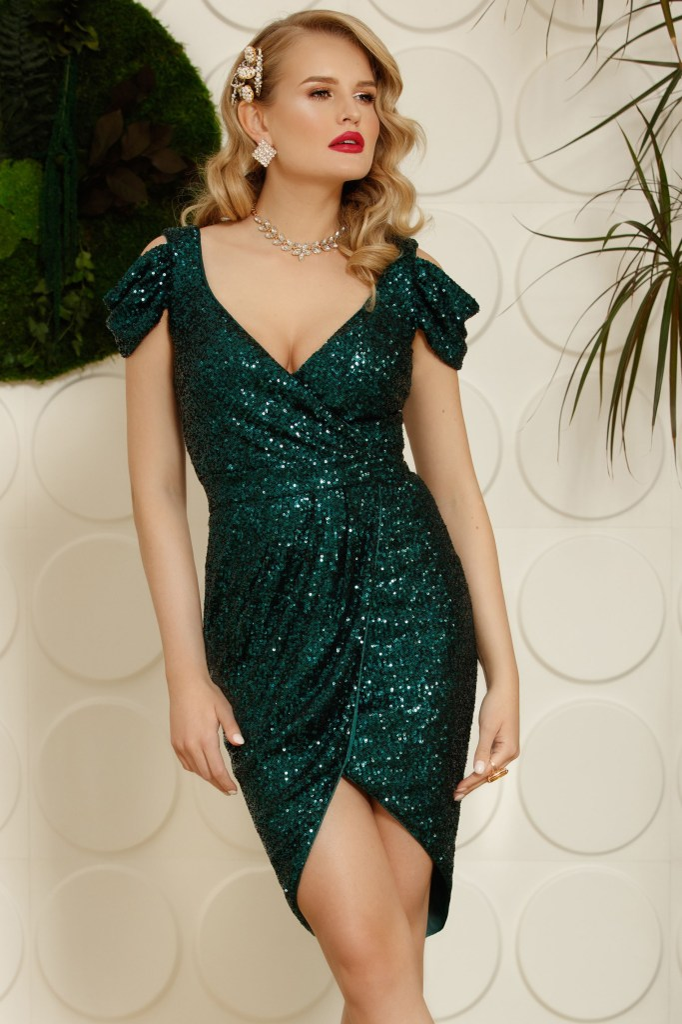 Rochie de seara verde petrecuta cu paiete