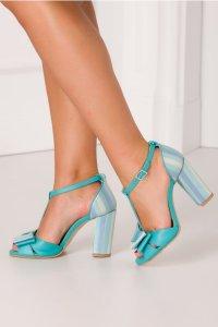 Sandale cu toc elegante si fundita
