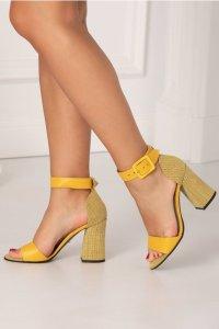 Sandale galbene cu imprimeu cu picatele alb-negru