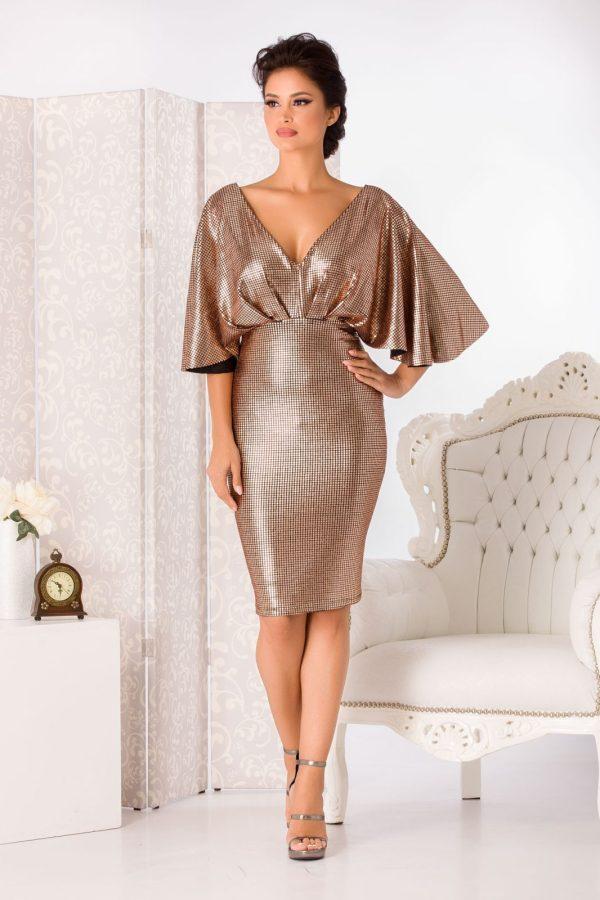 Rochie de seara eleganta cu aplicatii din paiete aurii