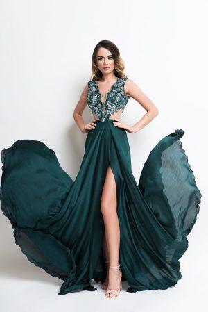 Rochie de seara lunga eleganta cu decolteu adanc si crapatura pe picior