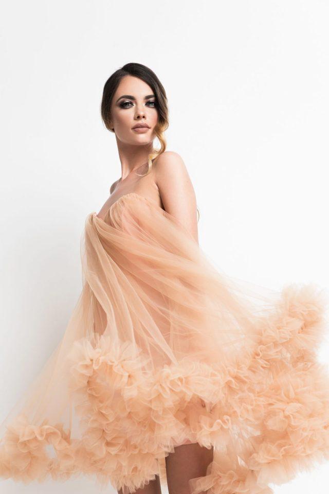Rochie de seara scurta eleganta tip printesa din tulle