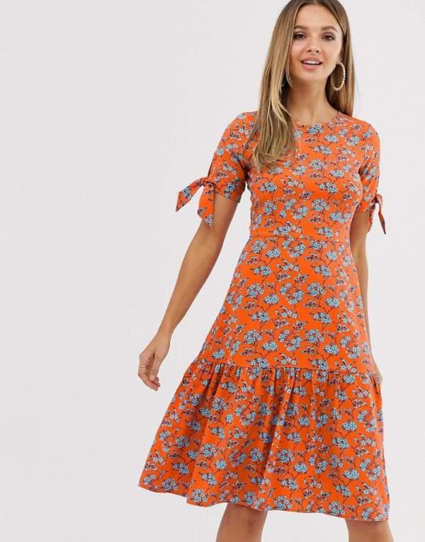 Rochie de zi de vara eleganta in forma de a cu imprimeu floral Asos