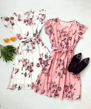 Rochie de zi scurta alba cu imprimeu floral si cordon in talie