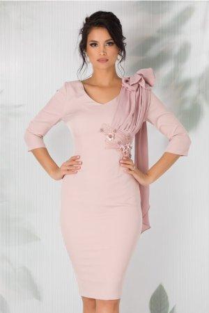 Rochie conica roz prafuit cu funda maxi pe umar