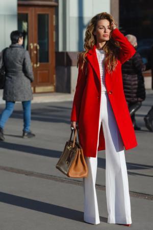 Palton dama rosu scurt drept cu un singur nasture din stofa