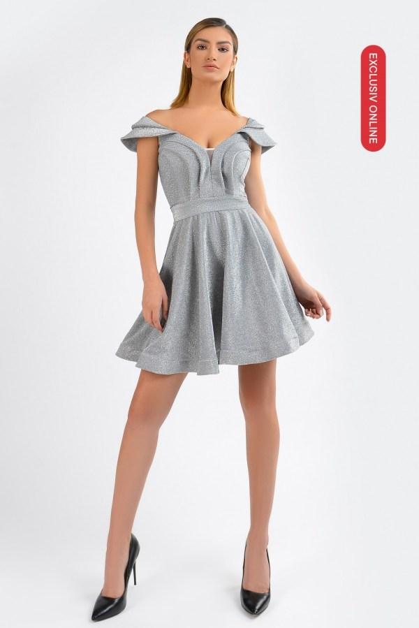 Rochie eleganta scurta gri cu decolteu in V si maineci in forma de aripi