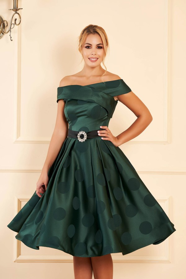 Rochie verde midi de ocazie in clos din material satinat cu buline
