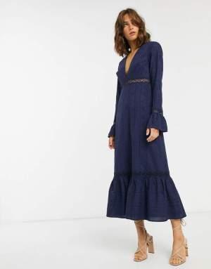 Rochie lunga eleganta albastru petrol cu volane la fusta si la maneci Asos