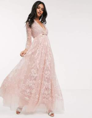 Rochie de seara lunga eleganta cu decolteu in v si dantela Asos
