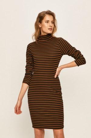 Rochie de zi din tricot ornamentant cu guler inalt