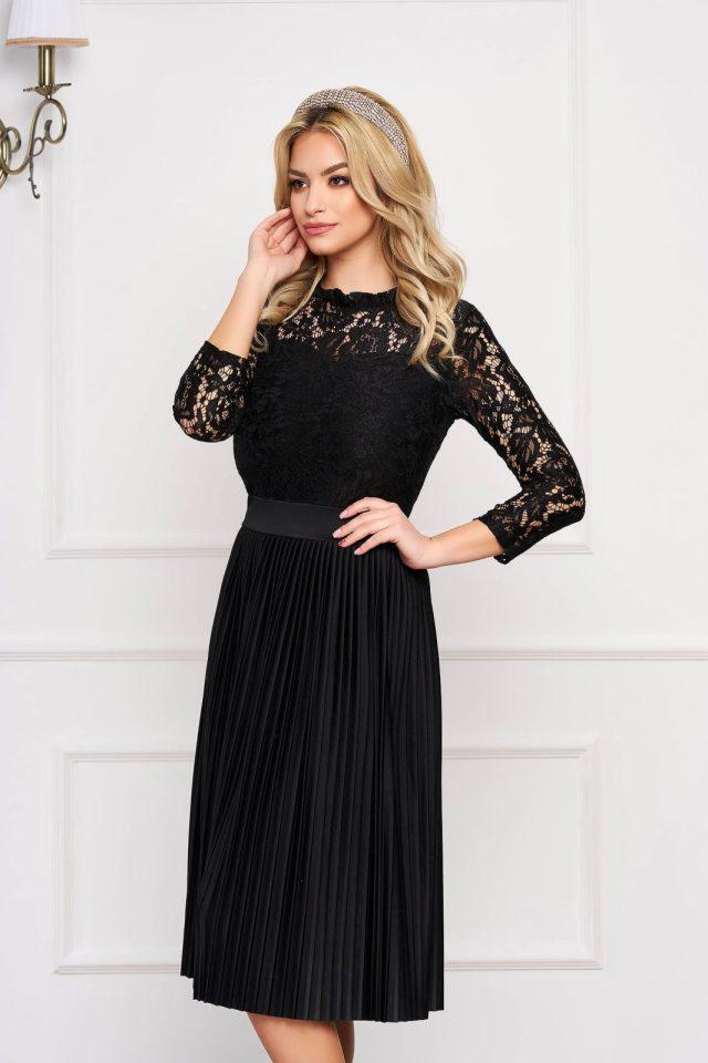 Rochie eleganta de ocazie neagra midi din dantela in clos si pliuri