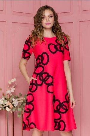 Rochie eleganta midi in clos rosu zmeura cu imprimeu geometric negru