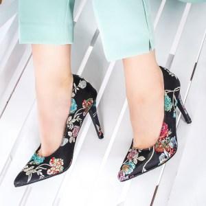 Pantofi cu toc dama negri cu imprimeu floral Hossi