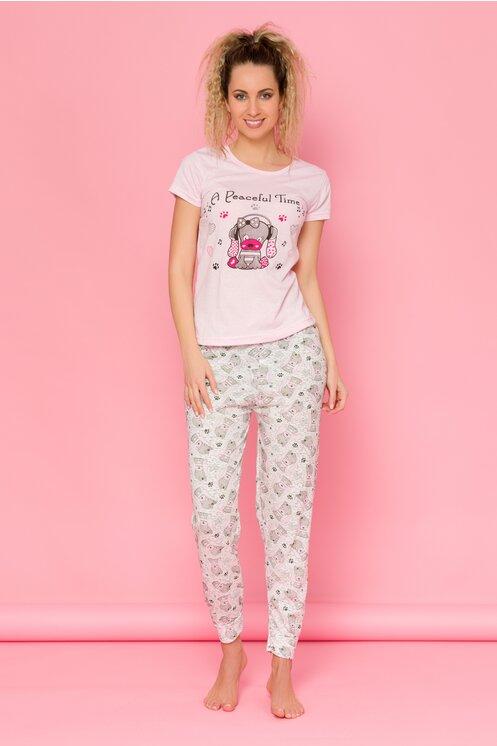 Pijama Puppy cu tricou roz si pantaloni albi cu imprimeuri