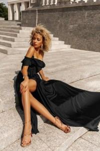 Rochie de seara eleganta si rochie de ocazie lunga neagra cu volanase din satin