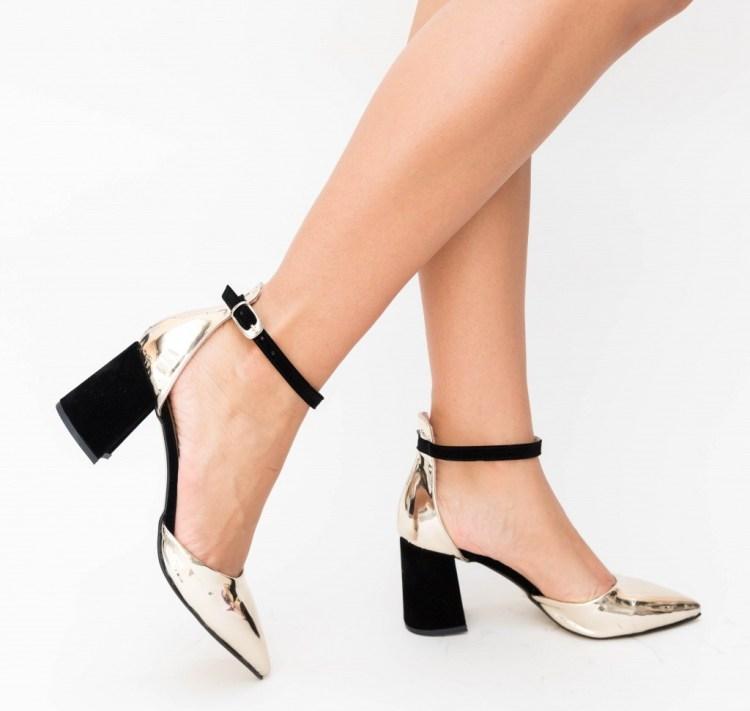 Pantofi aurii cu toc din piele eco intoarsa