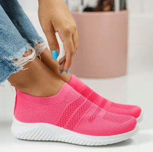 Adidasi roz prafuit din material textil