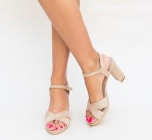 Sandale cu toc roz prafuit din piele eco intoarse