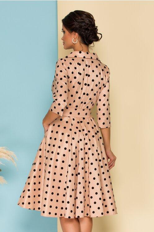 Rochie eleganta petrecuta bej cu buline negre catifelate