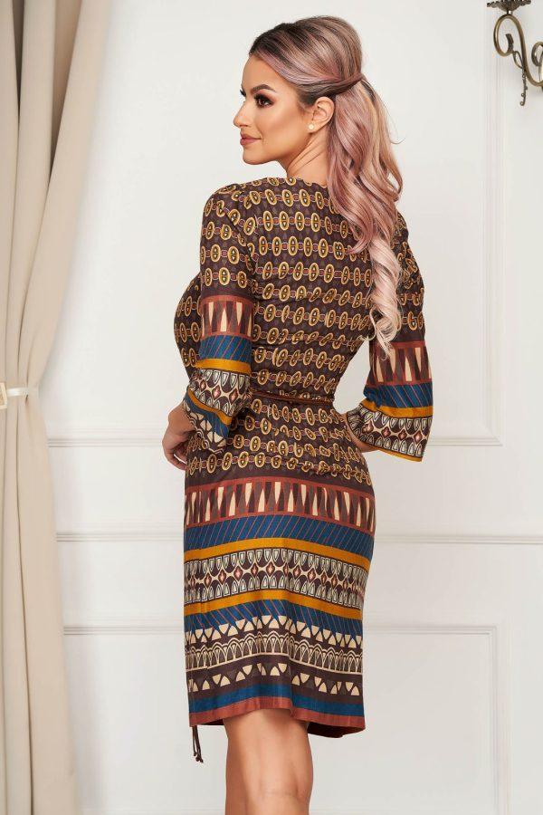 Rochie eleganta scurta cu croi drept din material catifelat cu cordon