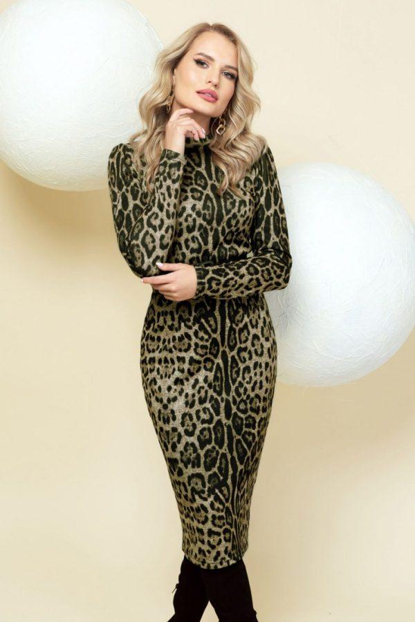 Rochie Pretty Girl cambrata verde cu imprimeu leopard